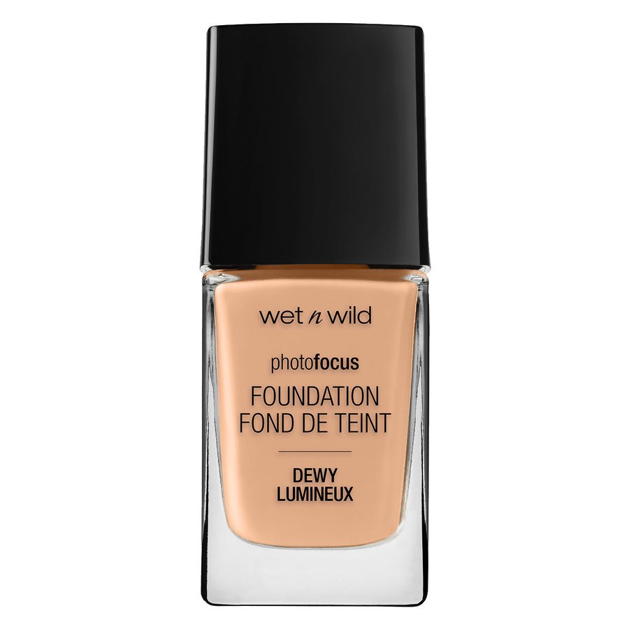 Wet'n Wild Photo Focus Dewy Foundation, Classic Beige (28 ml)